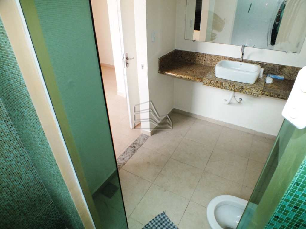 8.1 wc suite  (3)