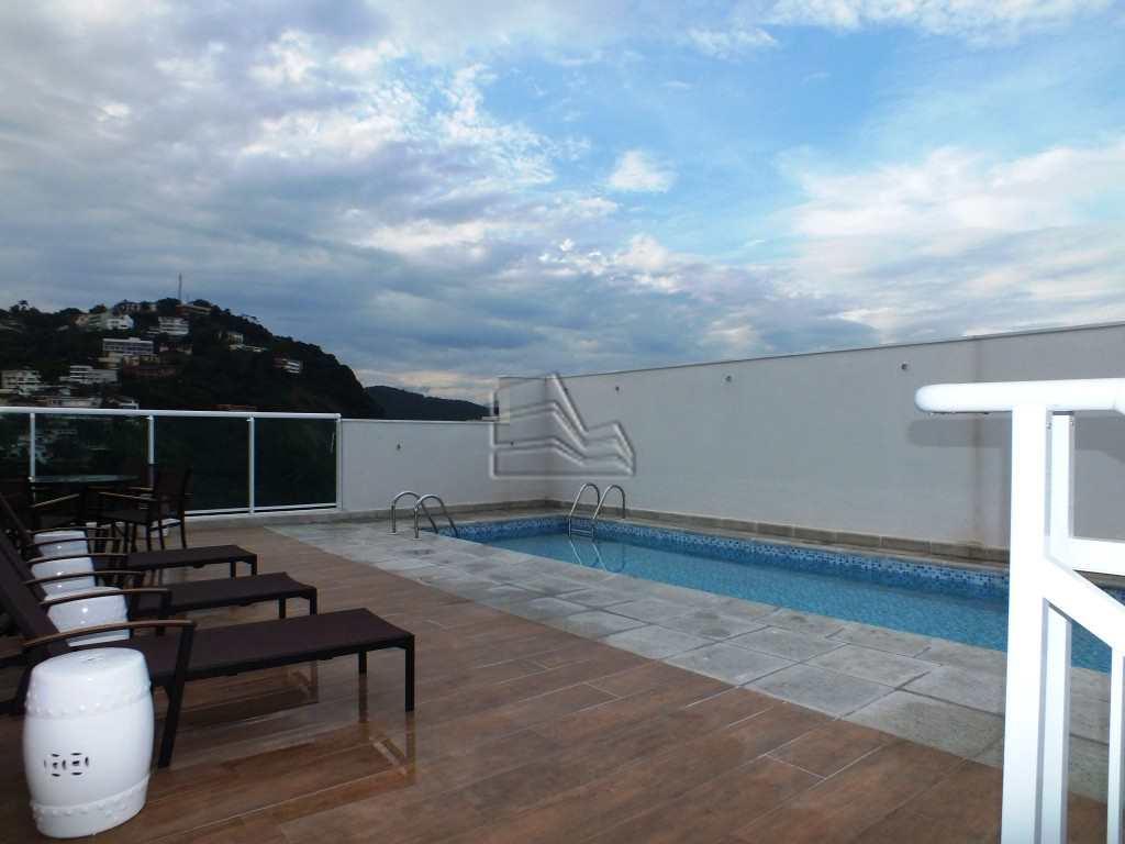 9. piscina1