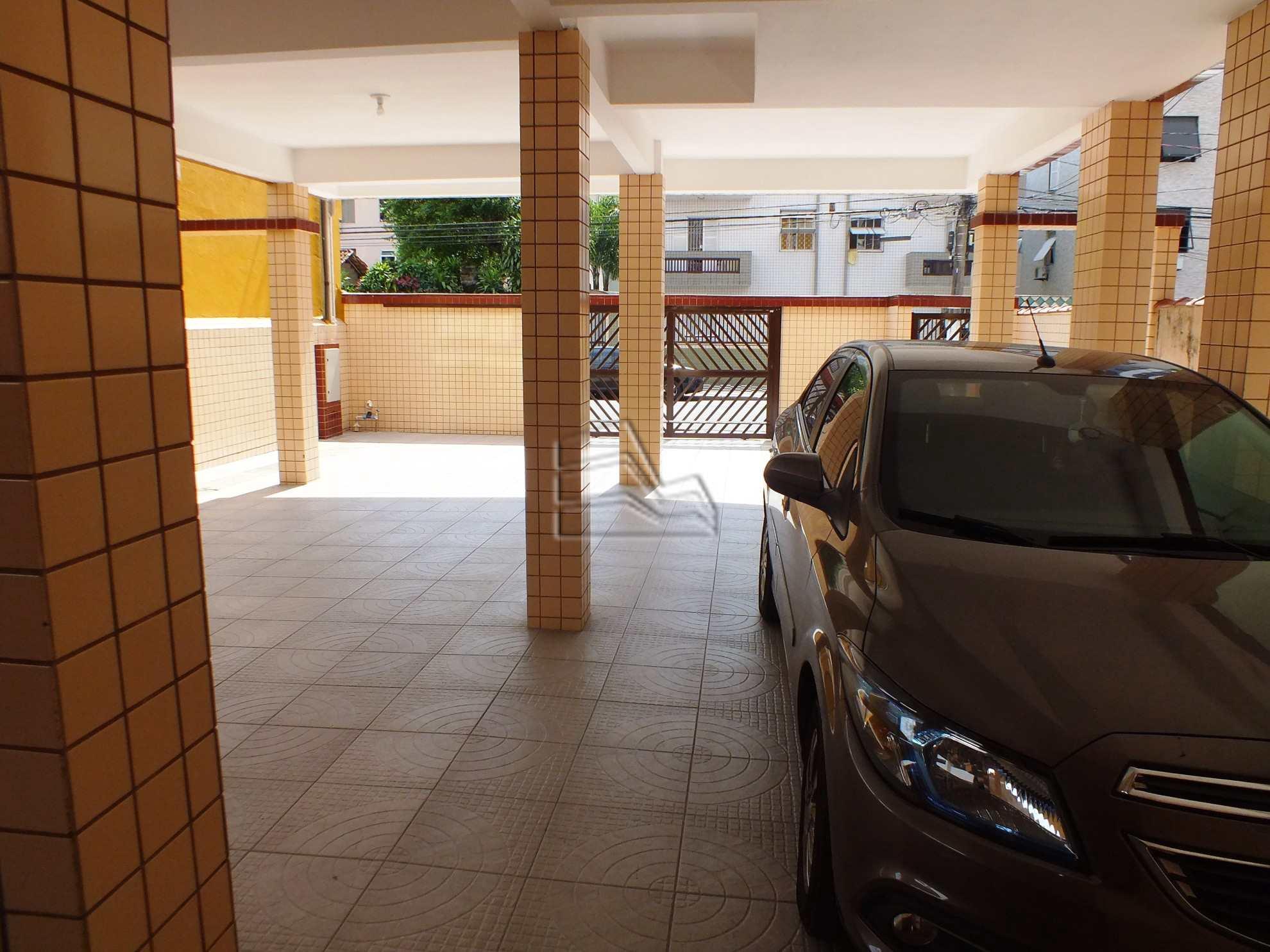 8. garagem 1