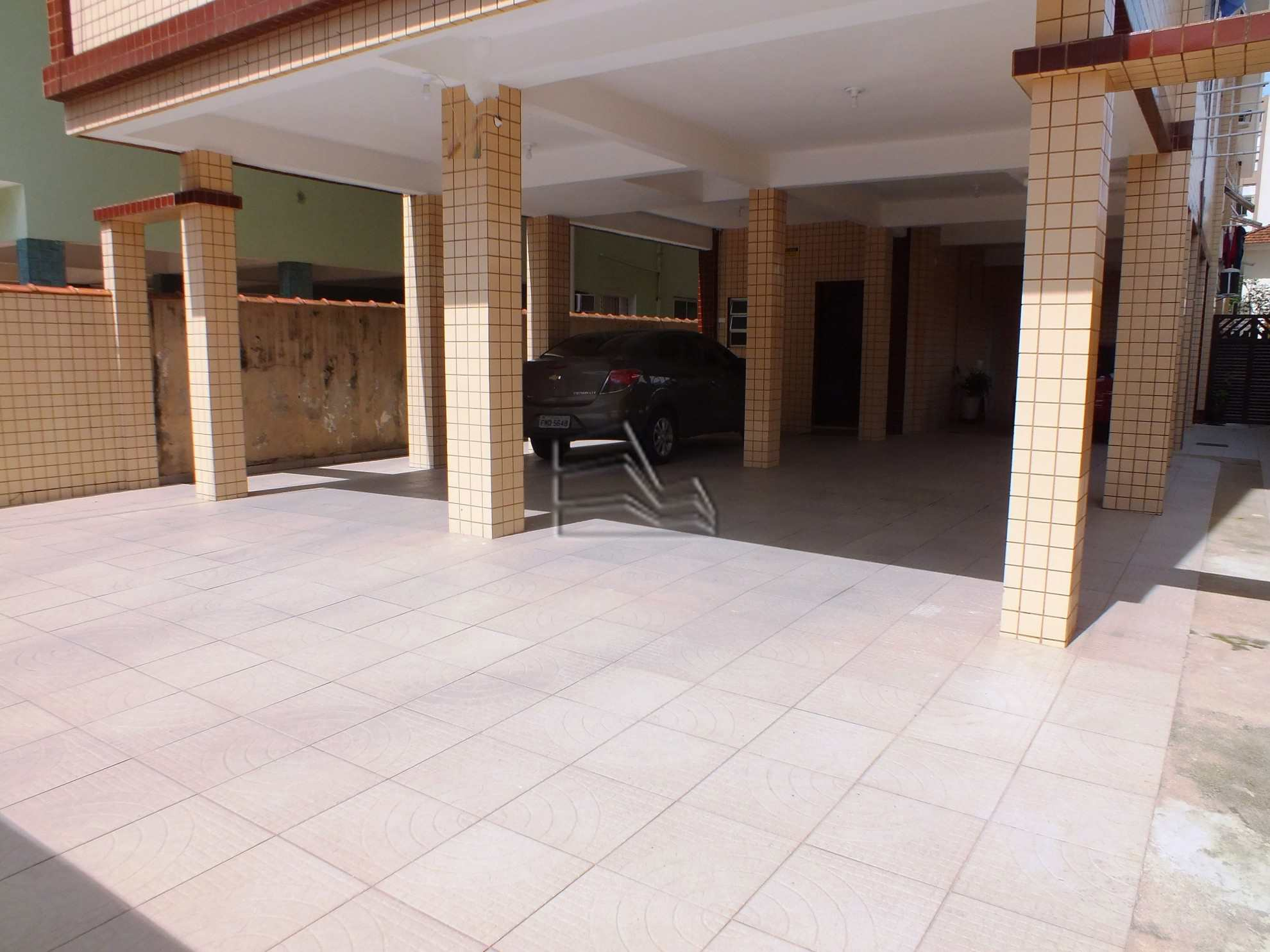 8. garagem 2