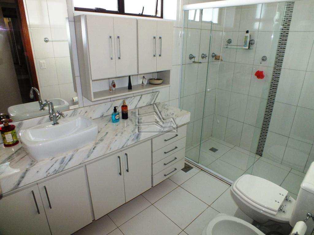 9.2 wc suite (1)