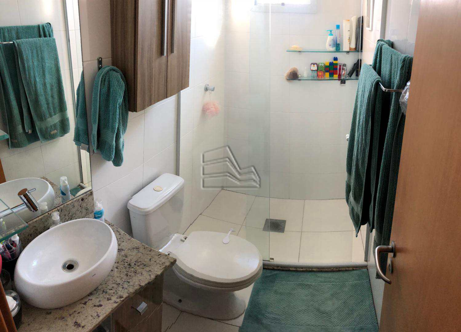 8. wc suite