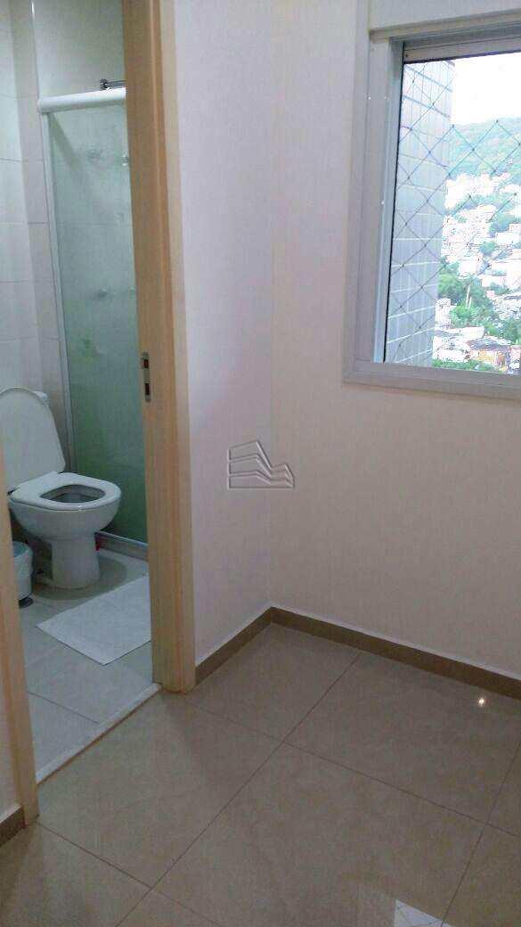 5. suite (4)