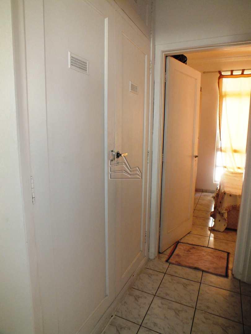 Apartamento com 1 dorm, Itararé, São Vicente - R$ 195 mil, Cod: 1404