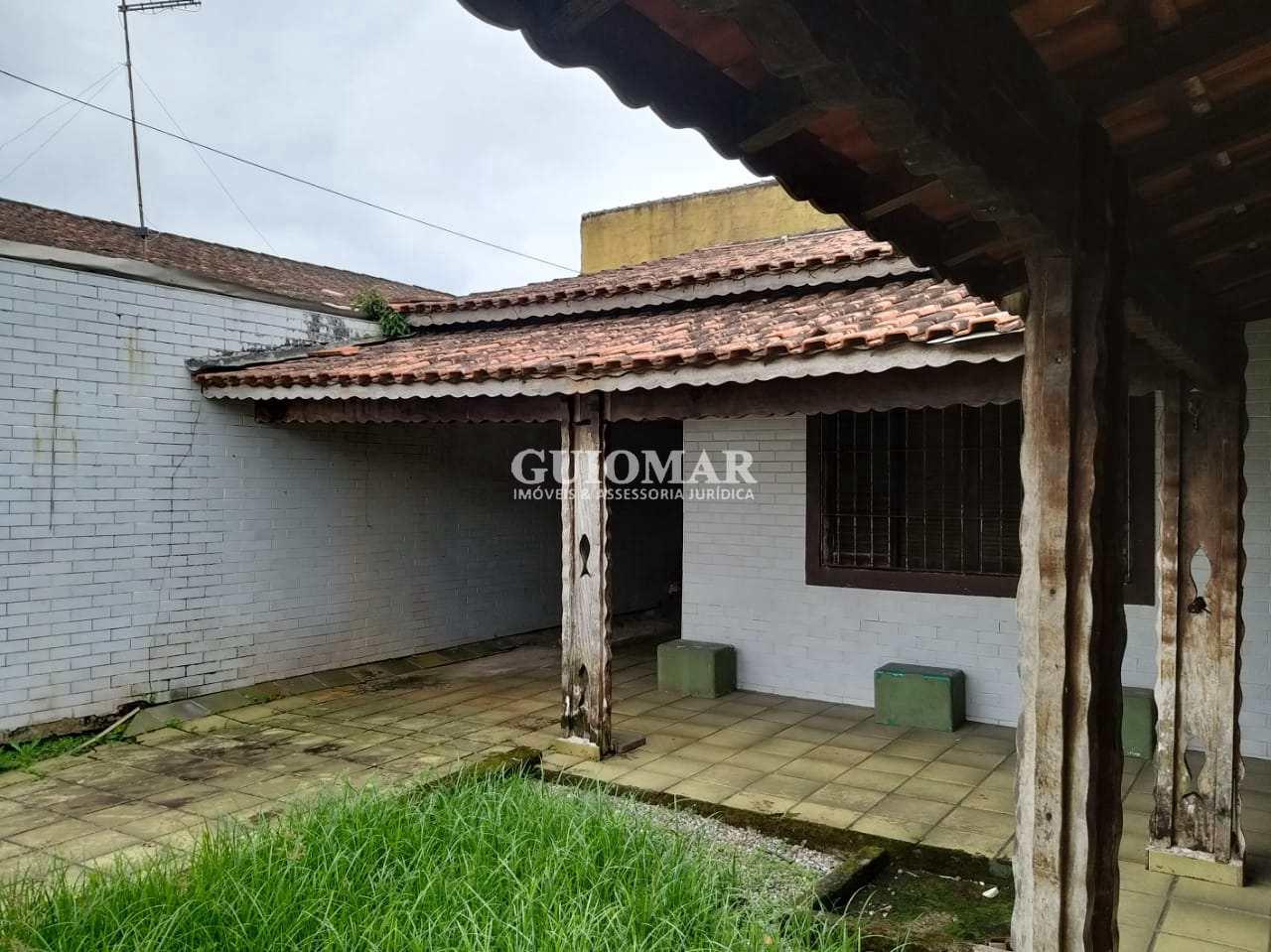Casa com 3 dorms, Caiçara, Praia Grande - R$ 210 mil, Cod: 2081