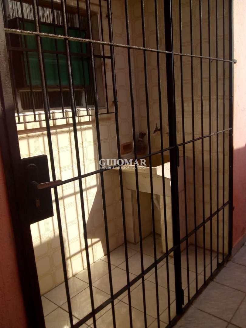 Casa com 2 dorms, Maracanã, Praia Grande - R$ 180 mil, Cod: 2082