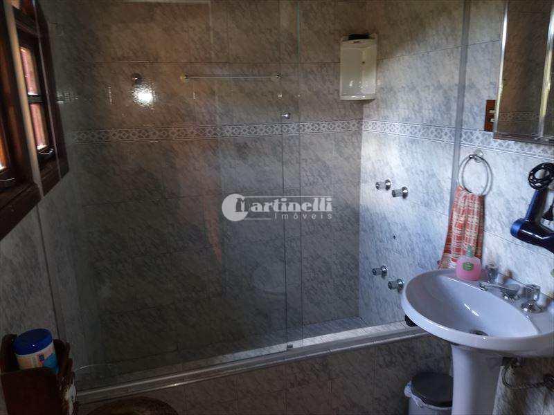 Sobrado com 3 dorms, Centro, Santo Antônio do Pinhal - R$ 750 mil, Cod: 595