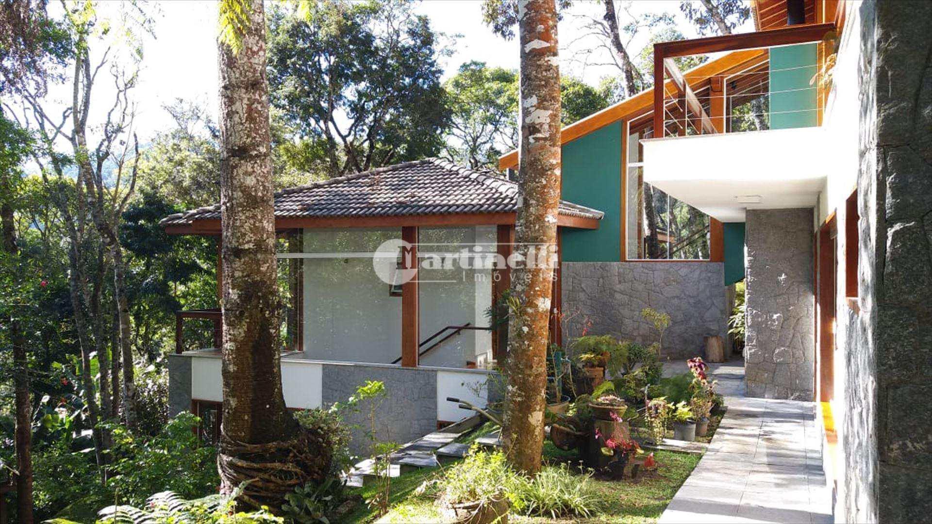 Casa em Santo Antônio do Pinhal bairro Proximo ao Centro