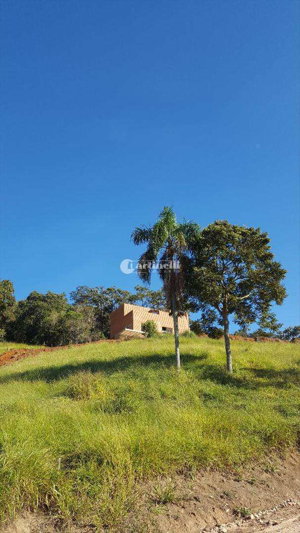 Sítio com 3 dorms, Zona Rural, Sapucaí-Mirim - R$ 650 mil, Cod: 588