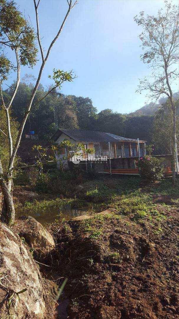 Sítio com 2 dorms, Zona Rural, Sapucaí-Mirim - R$ 650 mil, Cod: 587
