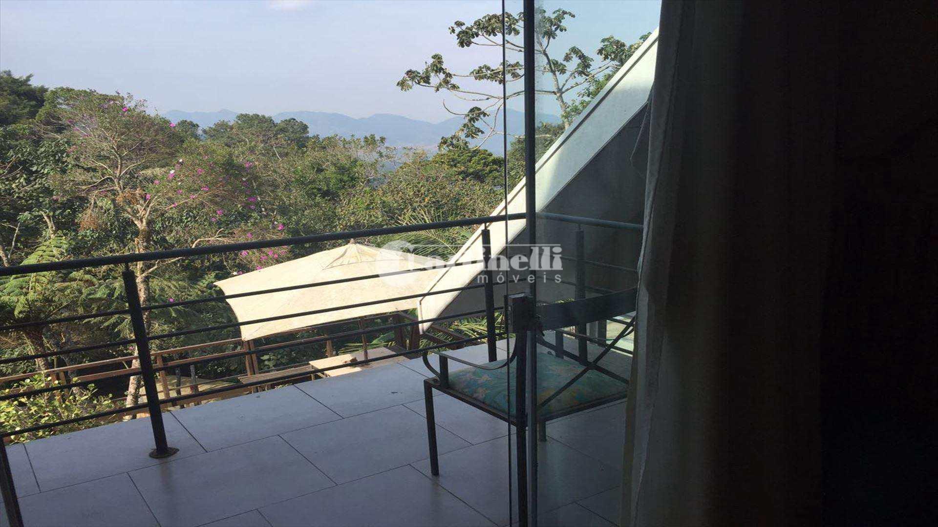 Casa de Condomínio com 5 dorms, Centro, Santo Antônio do Pinhal - R$ 1.8 mi, Cod: 568