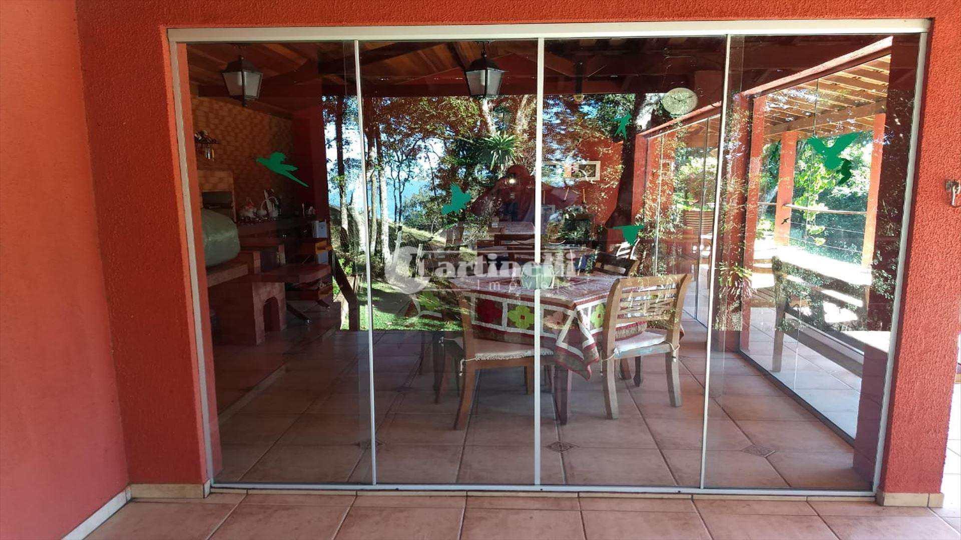 Casa de Condomínio com 4 dorms, Centro, Santo Antônio do Pinhal - R$ 750 mil, Cod: 558