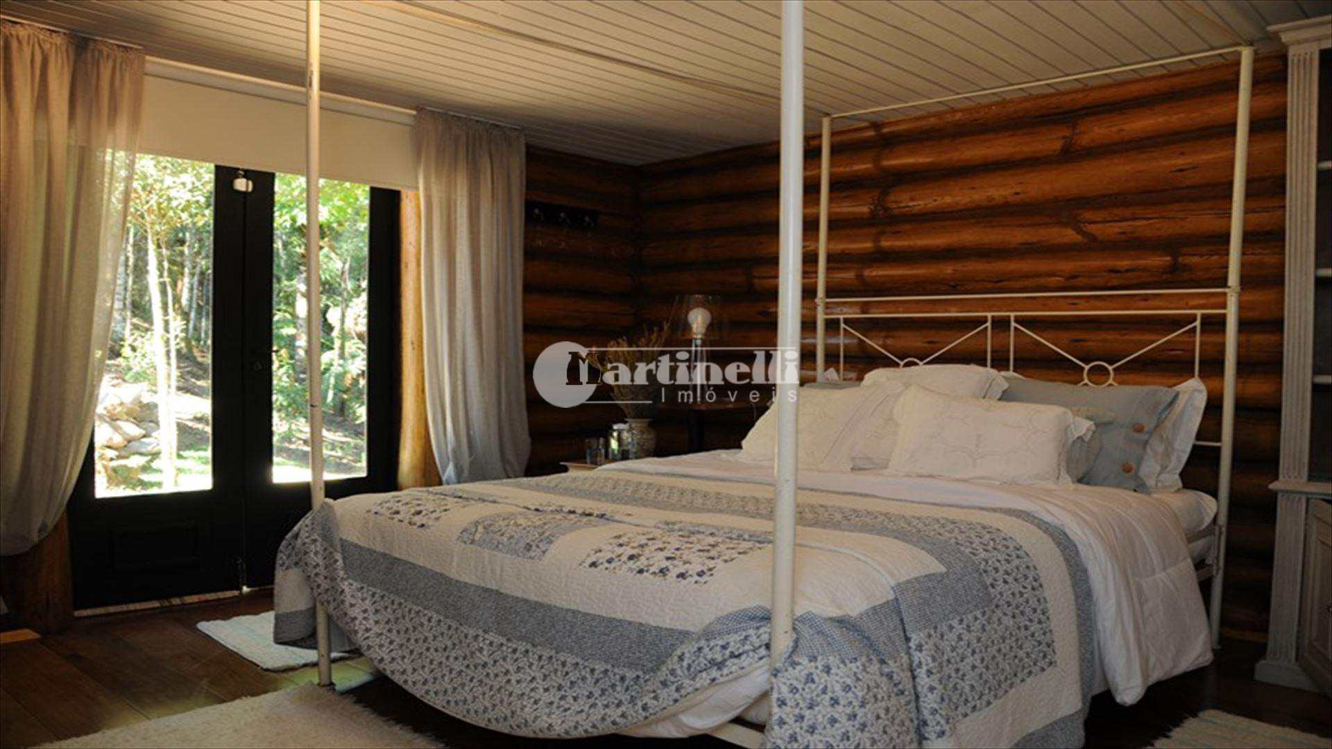 Sítio com 10 dorms, zona rural, São Bento do Sapucaí - R$ 10 mi, Cod: 539