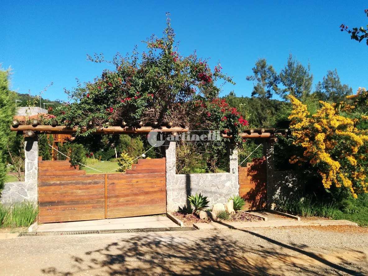 Casa de Condomínio com 4 dorms, Zona Rural, Santo Antônio do Pinhal - R$ 1.85 mi, Cod: 606