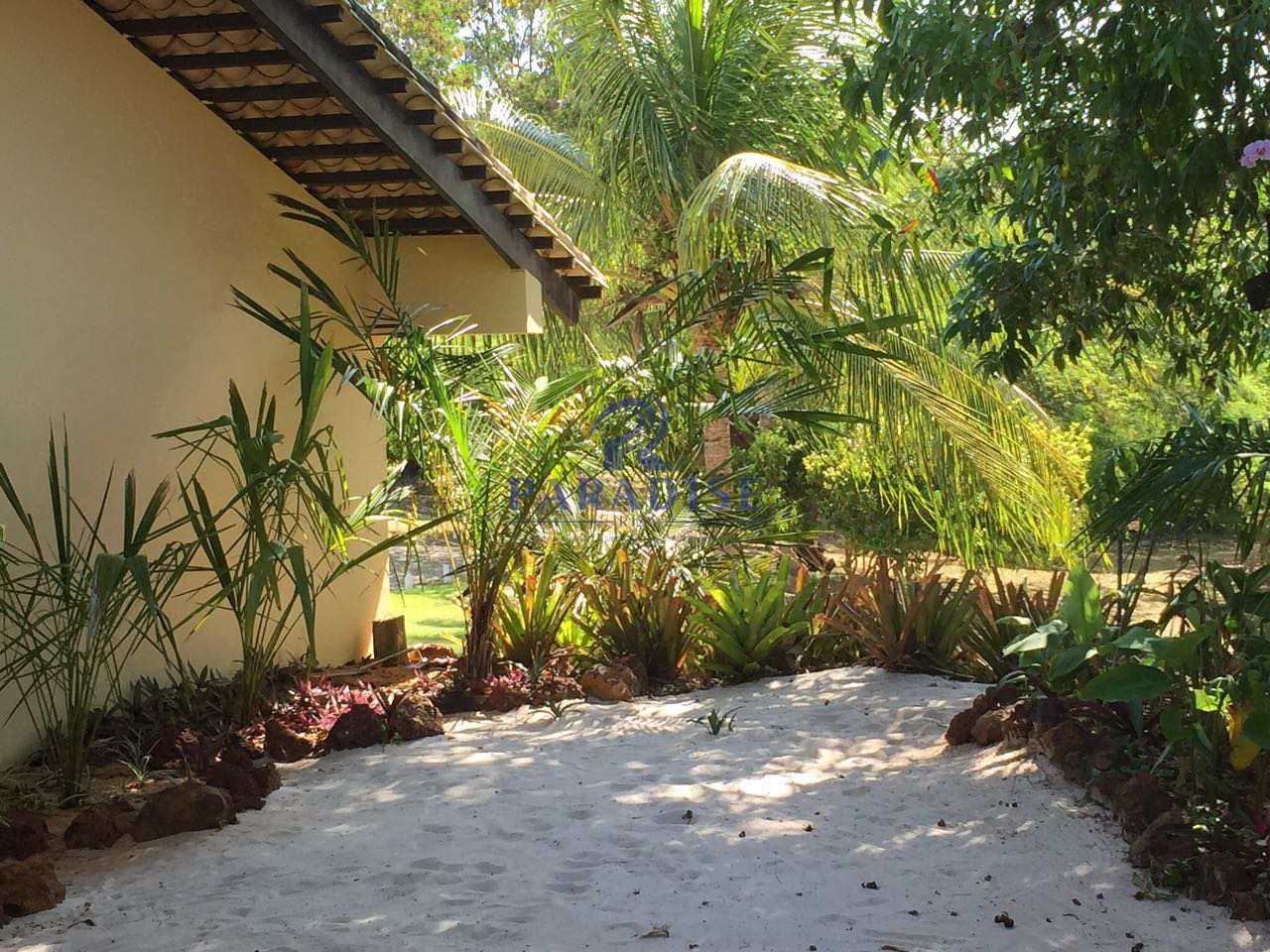 Casa 6 suítes,em Itacimirim-Cond. fechado$ 1.8 mi, Cod: 68406