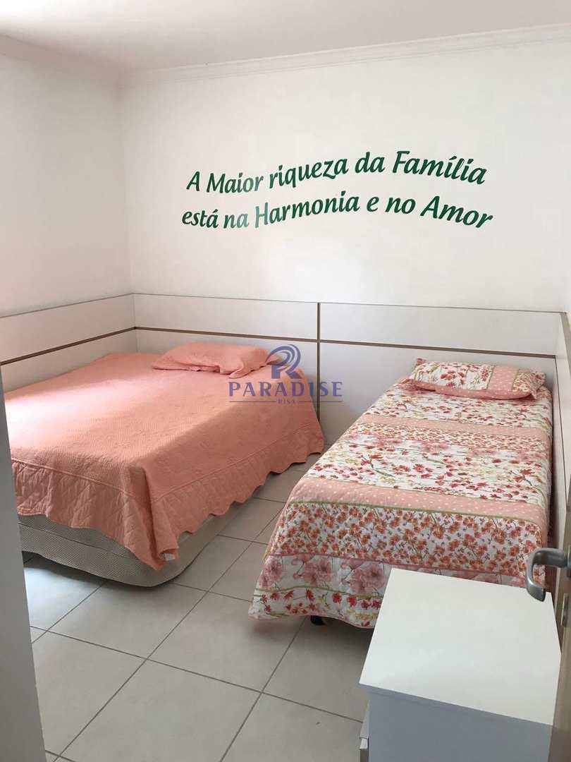Casa com 5 dorms, Guarajuba (Monte Gordo), Camaçari - R$ 1.8 mi, Cod: 68490