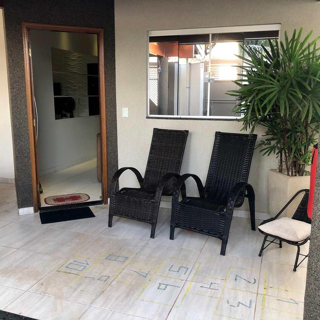 Casa com 3 dorms, Jardim Pires de Andrade, Jales - R$ 530 mil, Cod: 1435