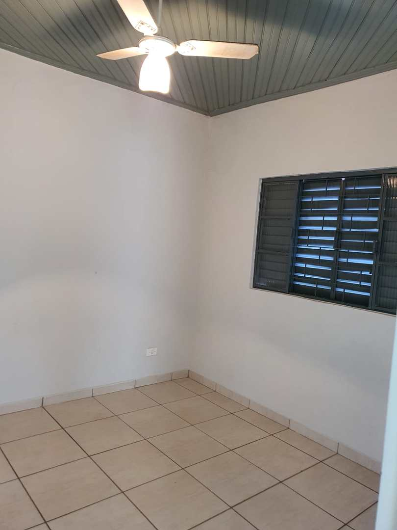 Casa com 3 dorms, Vila Pinheiro, Jales - R$ 250 mil, Cod: 2834