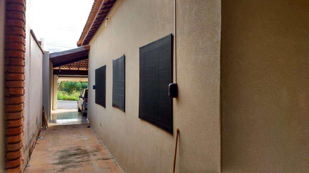 Casa com 3 dorms, Jardim Pêgolo II, Jales - R$ 390 mil, Cod: 3059
