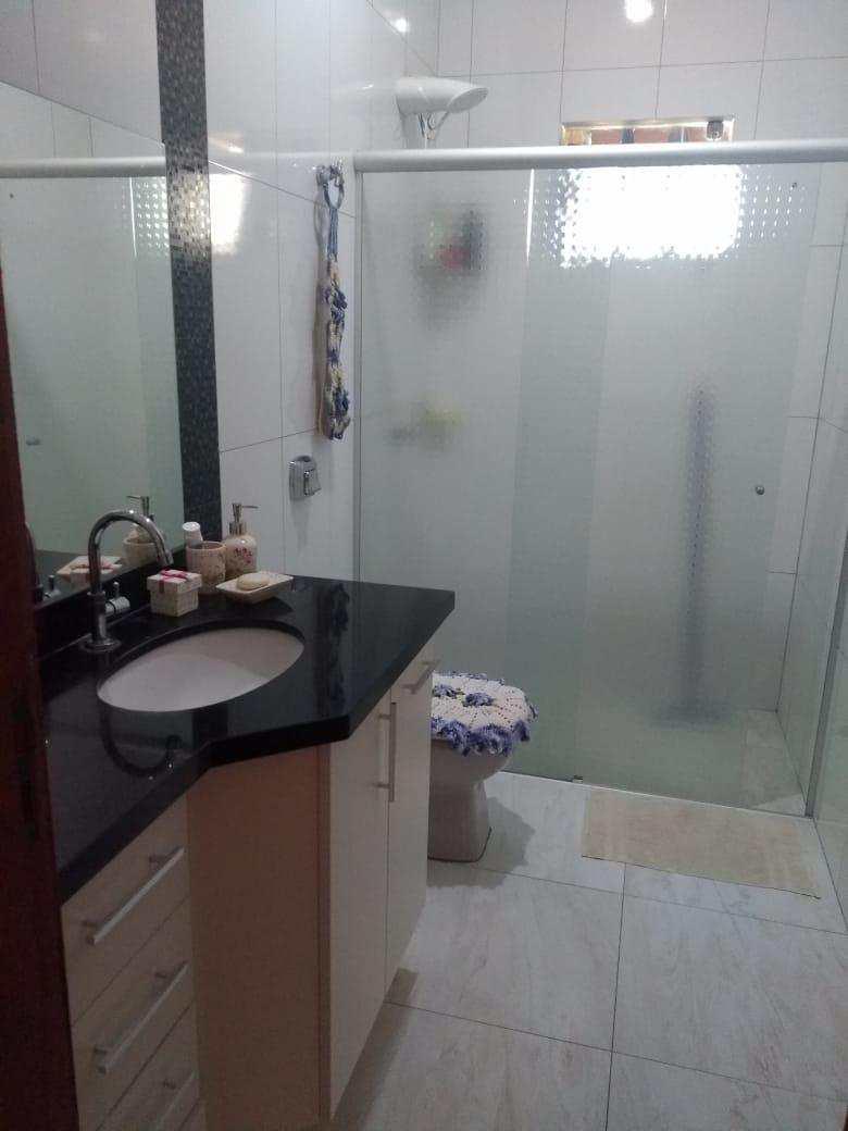Casa com 3 dorms, Jardim Estados Unidos, Jales - R$ 600 mil, Cod: 3068