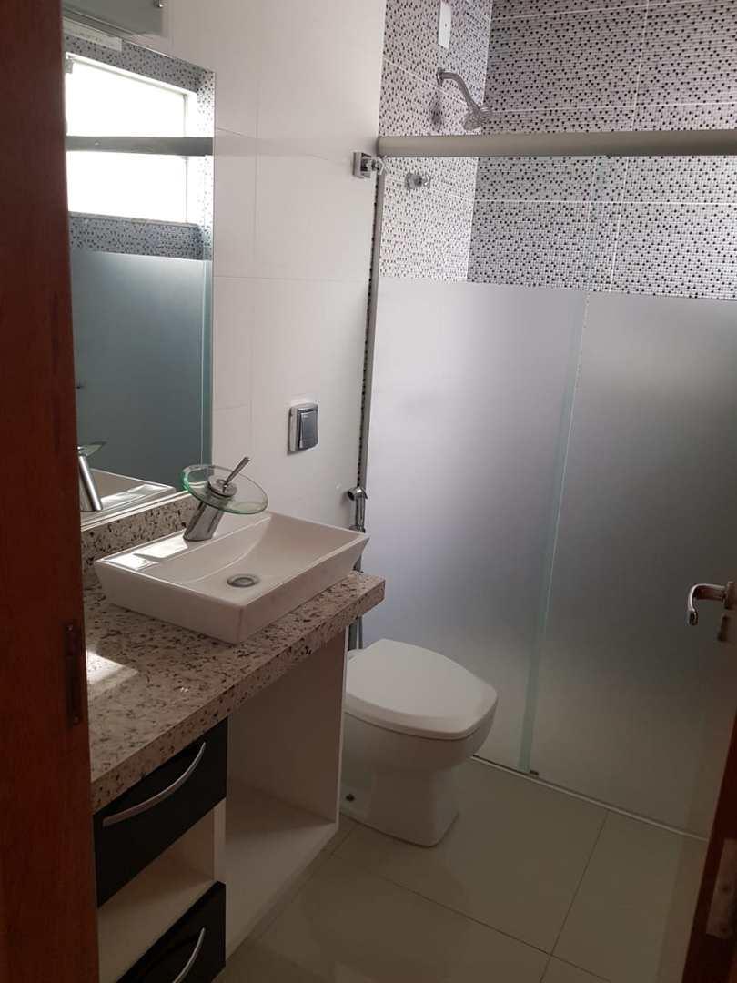 Casa com 3 dorms, Jardim Pires de Andrade, Jales - R$ 500 mil, Cod: 3394