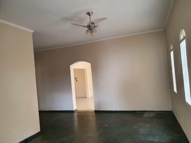 Casa com 3 dorms, Centro, Jales - R$ 500 mil, Cod: 3462