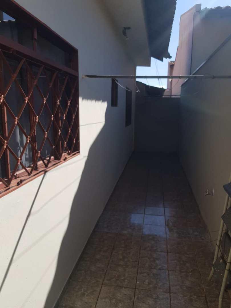 Casa com 3 dorms, Jardim Estados Unidos, Jales - R$ 350 mil, Cod: 3652
