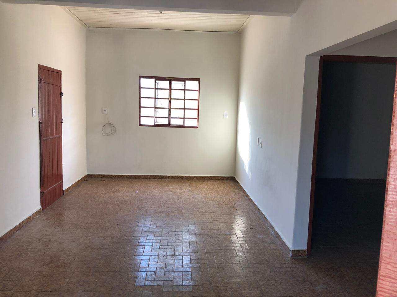 Casa com 2 dorms, IV Centenário, Jales - R$ 400 mil, Cod: 3677