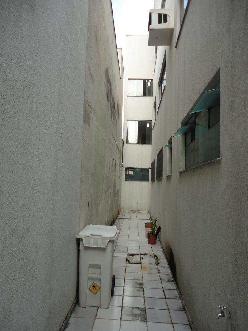 Prédio, Jardim Santa Helena, Suzano, Cod: 1138