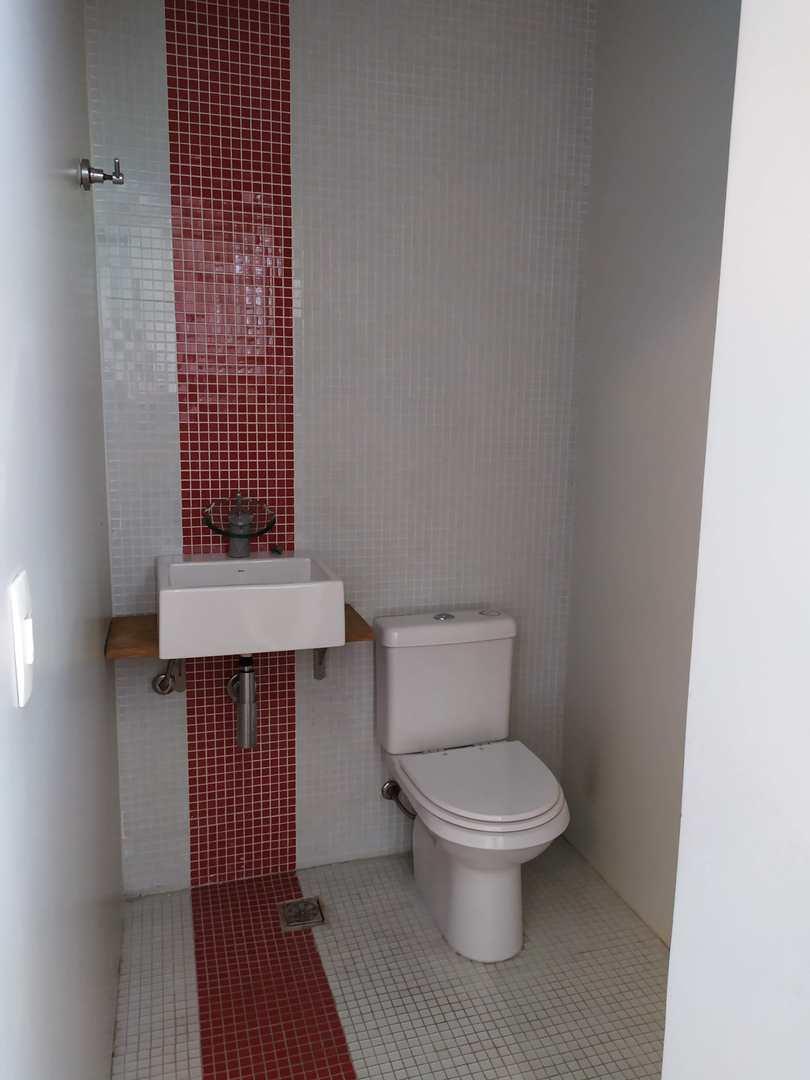 Casa de Condomínio com 4 dorms, Vila Colorado, Suzano - R$ 1.75 mi, Cod: 1258