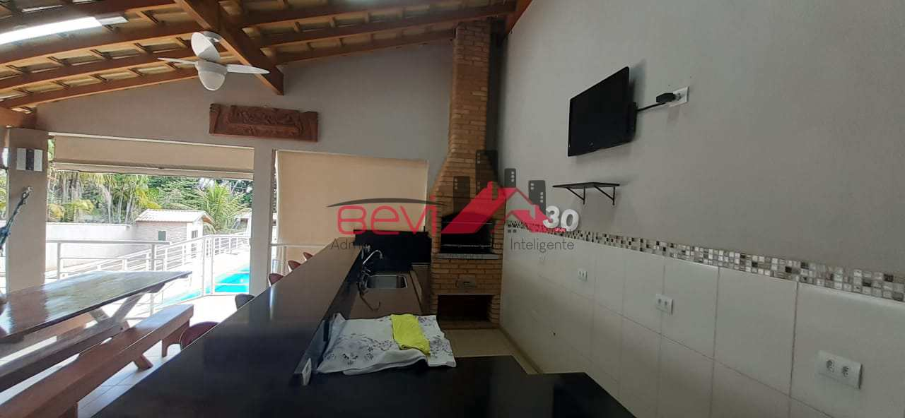 Casa com 5 dorms, Colinas do Piracicaba (Ártemis), Piracicaba - R$ 1.2 mi, Cod: 4706