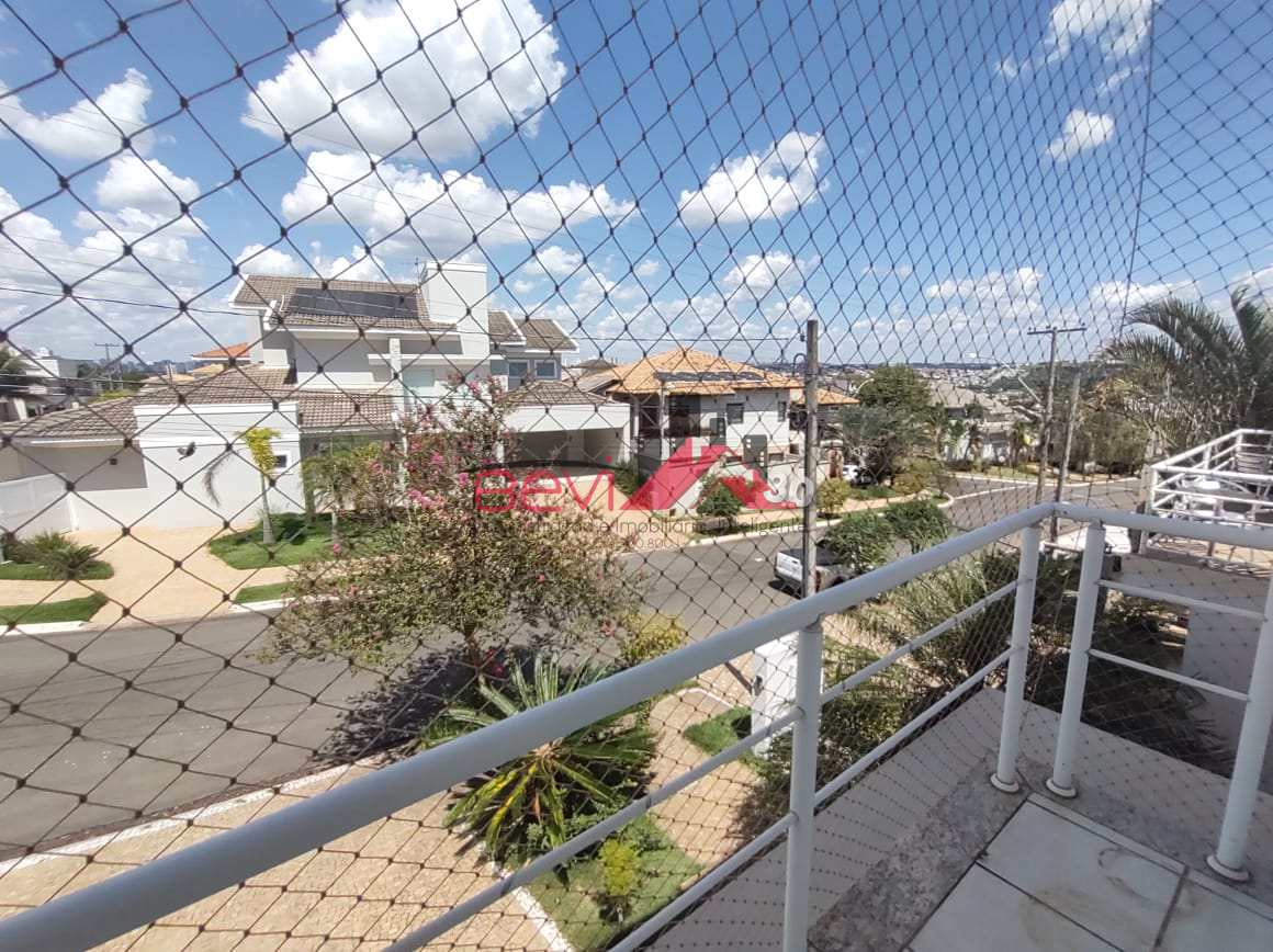 Casa em Condomínio com 4 dorms, Terras de Piracicaba;Cod: 5503