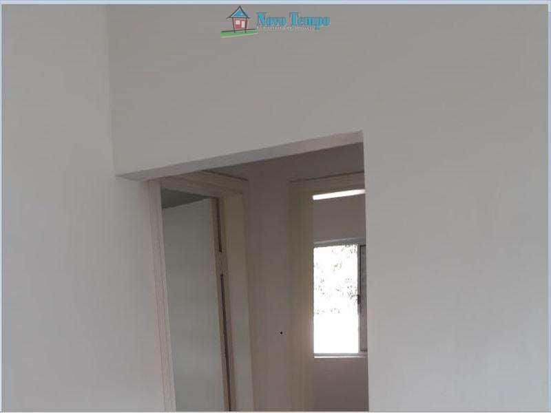 Casa com 2 dorms, Chico de Paula, Santos - R$ 210 mil, Cod: 10121