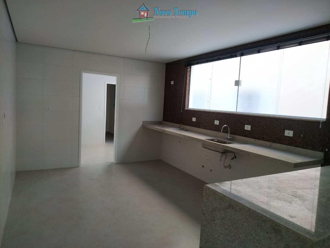 Casa com 4 dorms, Embaré, Santos - R$ 1.61 mi, Cod: 11336