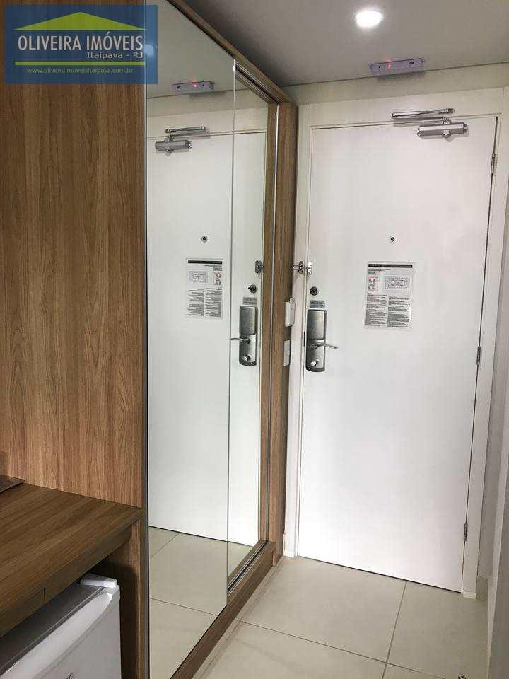 Loft com 1 dorm, Itaipava, Petrópolis - R$ 260 mil, Cod: 17