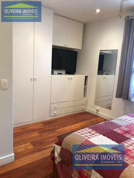 Apartamento com 3 dorms, Itaipava, Petrópolis - R$ 890 mil, Cod: 33