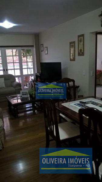 Apartamento com 3 dorms, Itaipava, Petrópolis - R$ 550 mil, Cod: 35