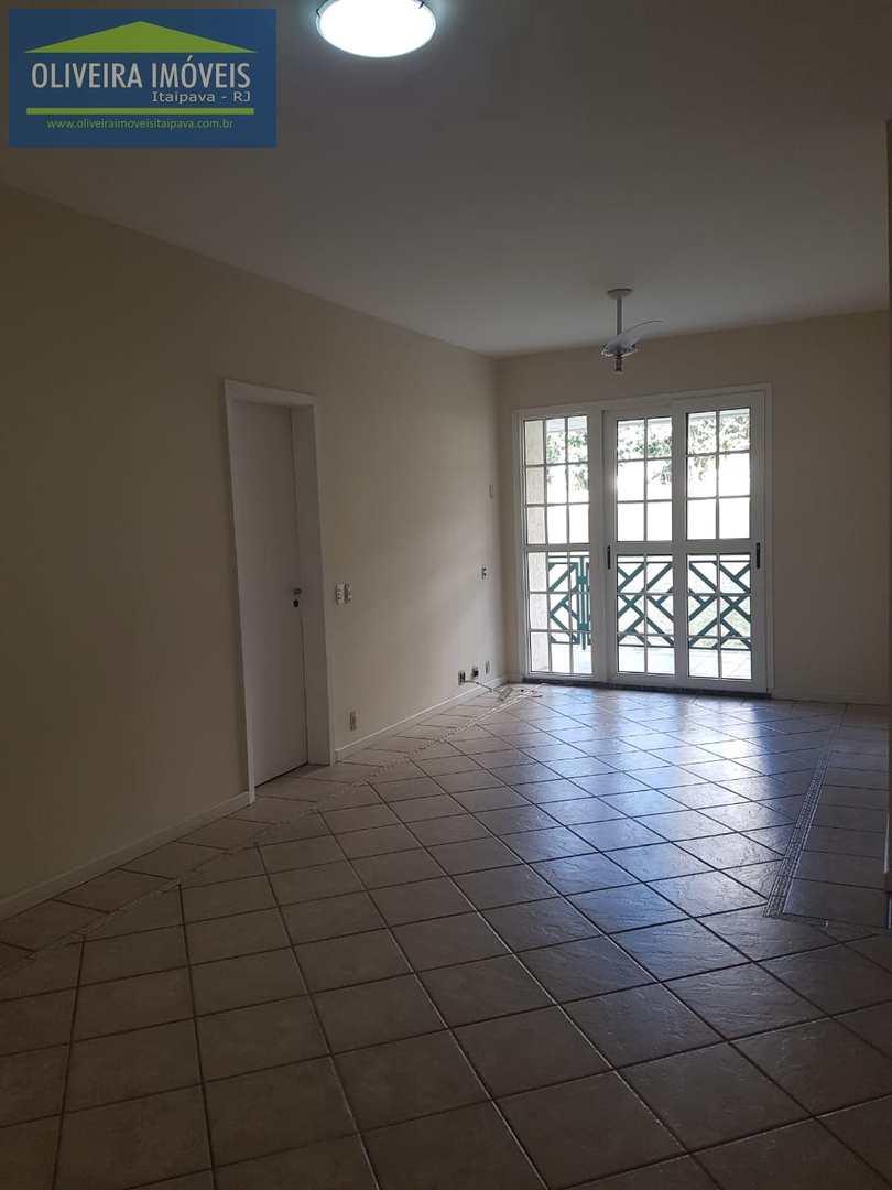 Apartamento com 3 dorms, Itaipava, Petrópolis, Cod: 59