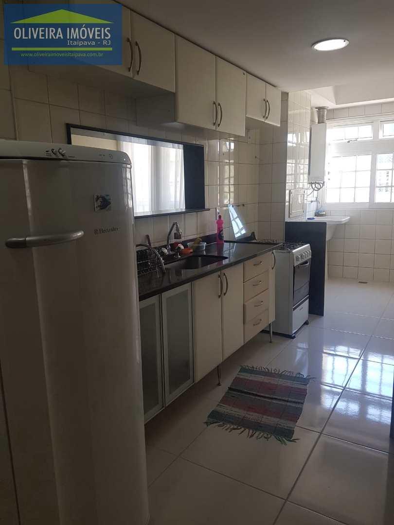 Apartamento com 2 dorms, Itaipava, Petrópolis, Cod: 74