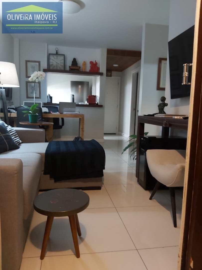 Apartamento com 1 dorm, Itaipava, Petrópolis - R$ 390 mil, Cod: 113