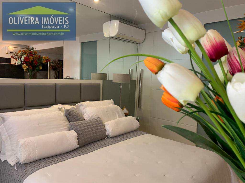 Apartamento com 1 dorm, Itaipava, Petrópolis - R$ 880 mil, Cod: 130