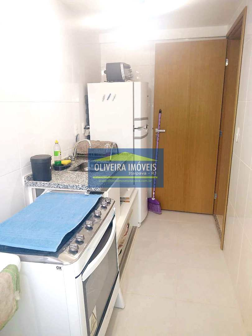 Apartamento com 1 dorm, Itaipava, Petrópolis - R$ 260 mil, Cod: 135