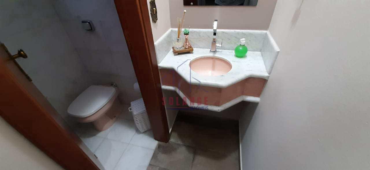 Casa com 3 dorms, Jardim Novo Amparo, Amparo - R$ 980 mil, Cod: 832