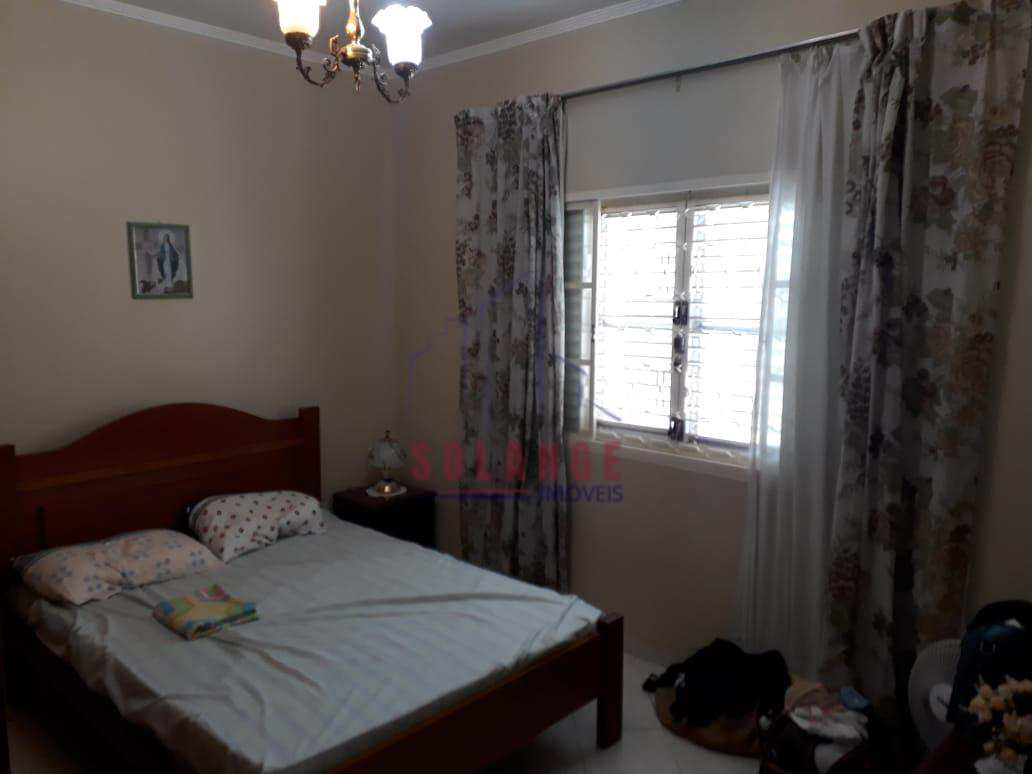 linda casa toda plana  03 dorm. sendo 01 suíte com closet