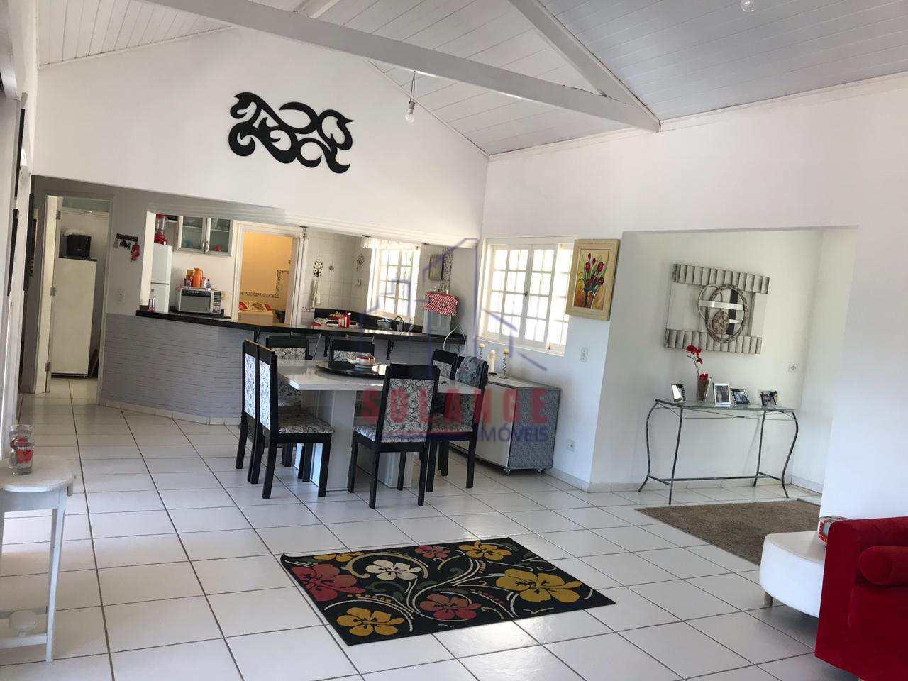 Casa de Condomínio com 4 dorms, Orypaba, Monte Alegre do Sul - R$ 750 mil, Cod: 2023