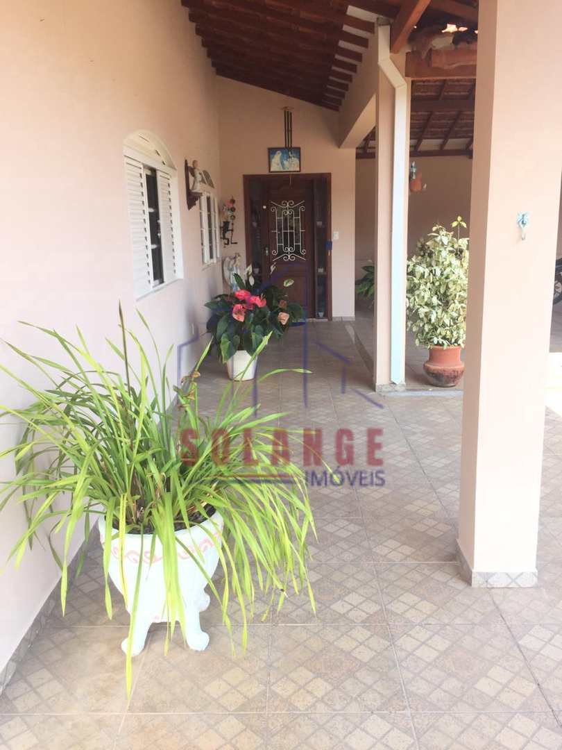 Chácara com 3 dorms, Eucalíptos, Amparo - R$ 900 mil, Cod: 2133