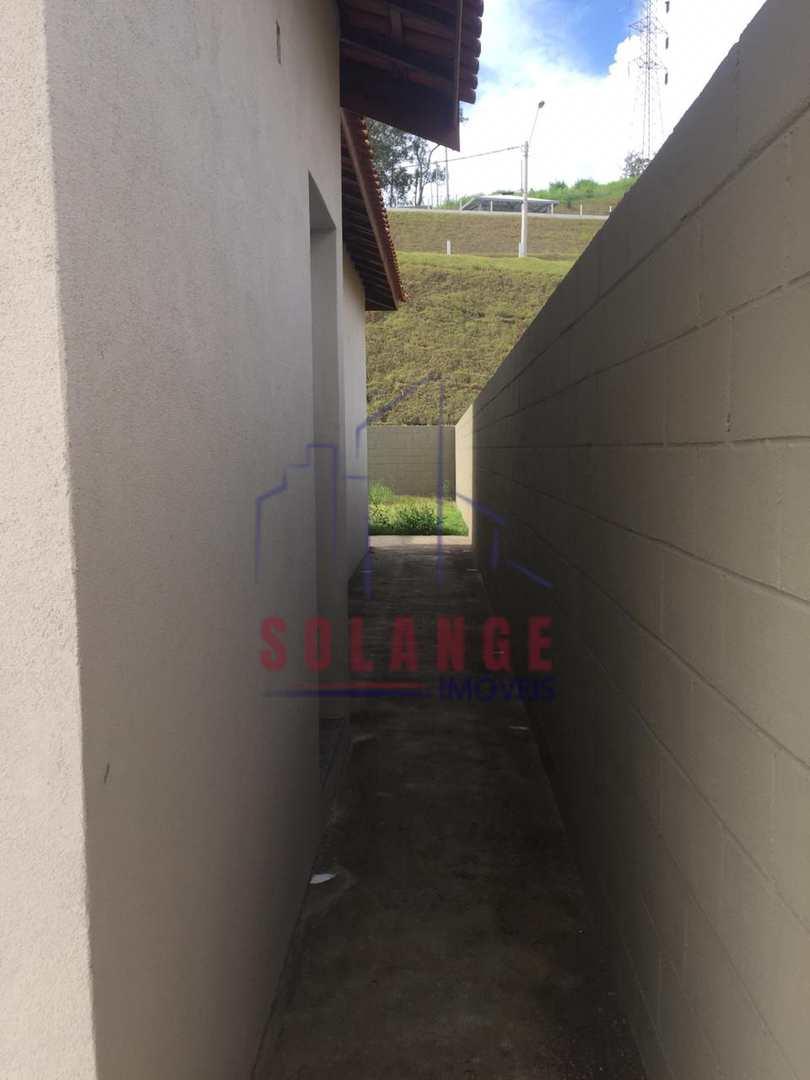 Casa com 3 dorms, Jardim Camandocaia, Amparo - R$ 365 mil, Cod: 2218