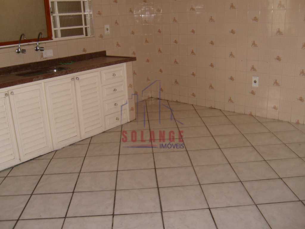 Casa com 4 dorms, Jardim Silmara, Amparo, Cod: 2240