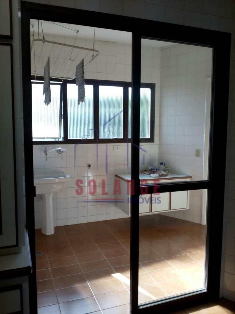 Apartamento com 3 dorms, Centro, Serra Negra - R$ 630 mil, Cod: 2250