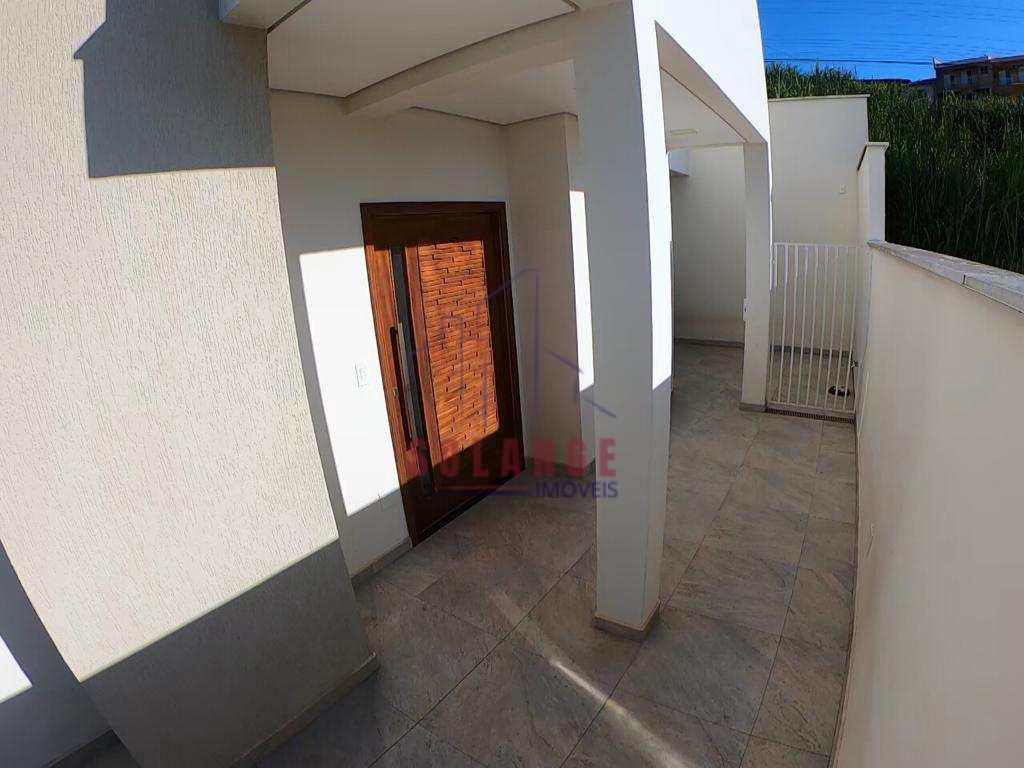 Casa com 3 dorms, Jardim São José, Amparo - R$ 850 mil, Cod: 2308